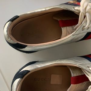 Gucci Shoes - FINAL CHANCE❗️GUCCI metallic leather sneakers